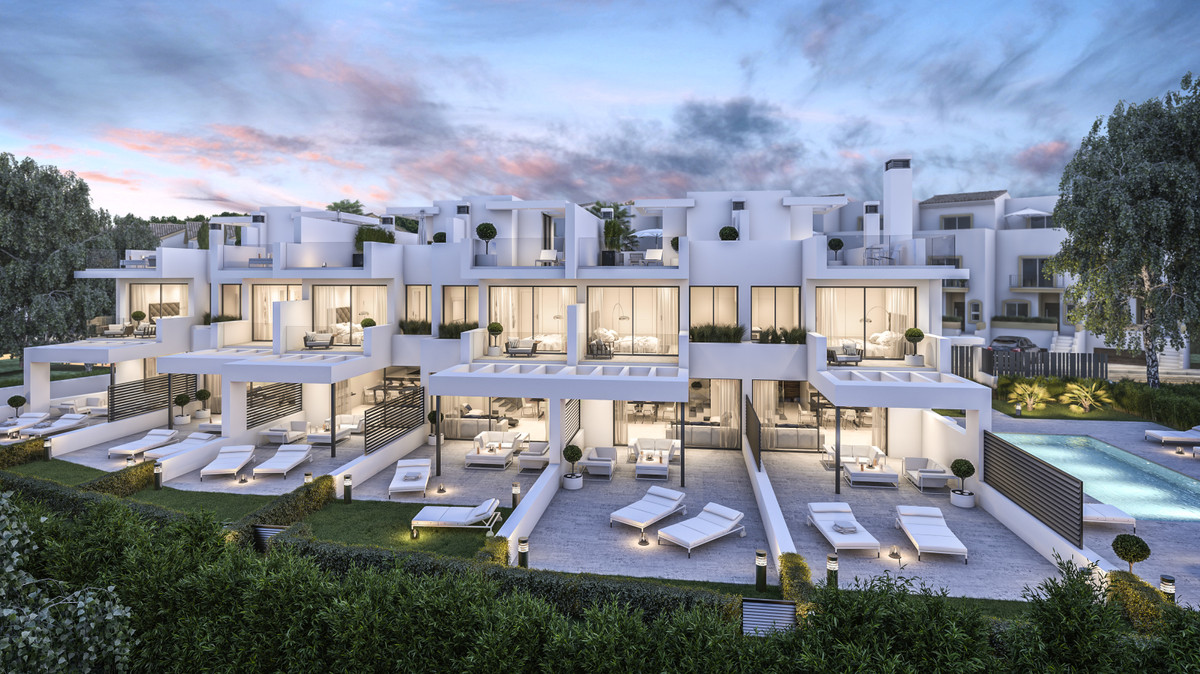 Villas in Estepona R3393286