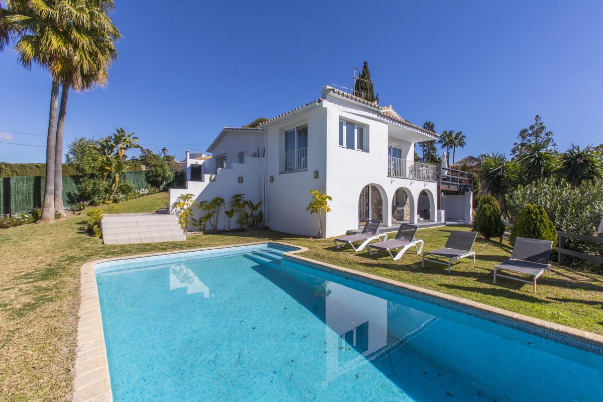 Villa en vente à El Rosario R3523177
