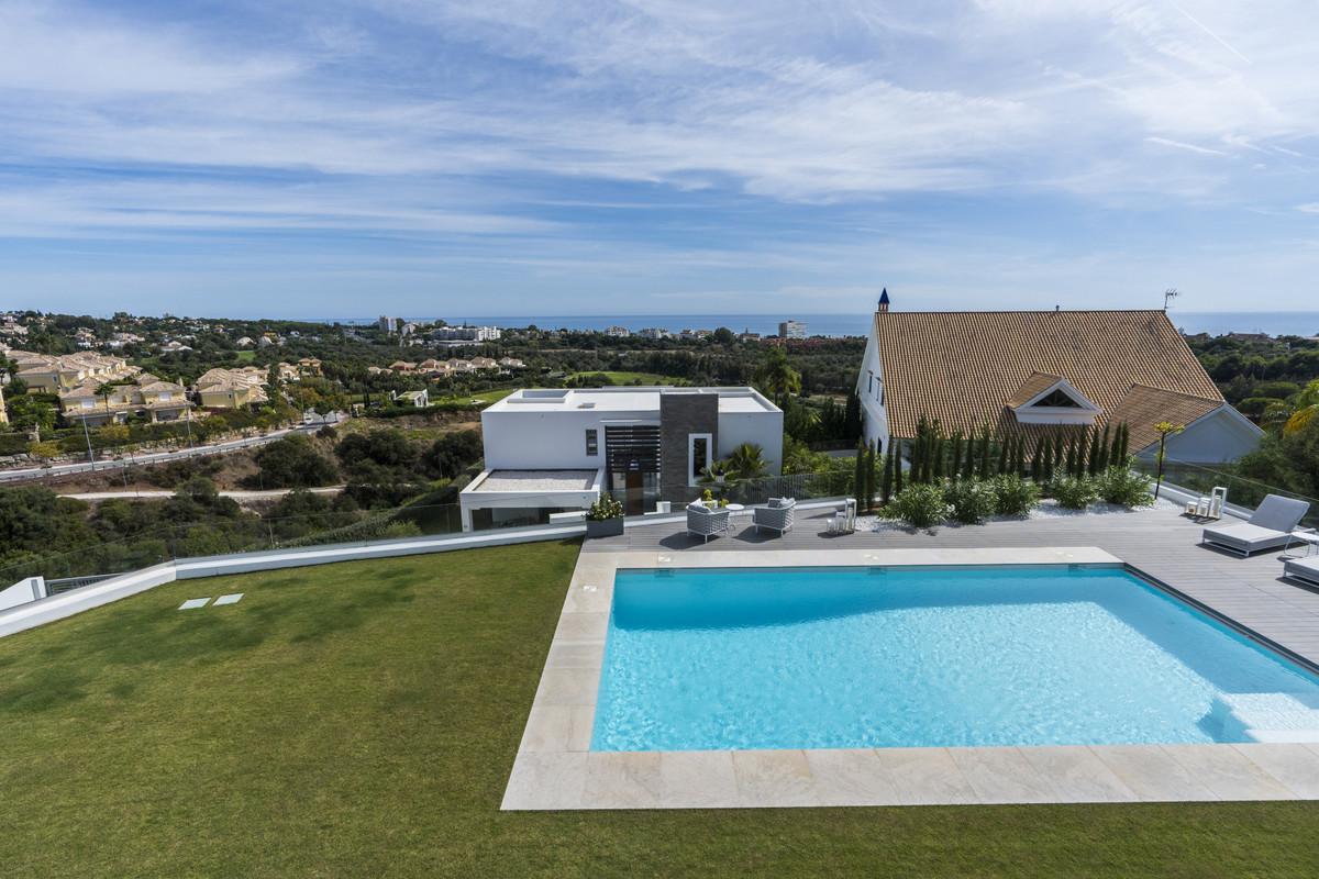 Detached Villa in Santa Clara
