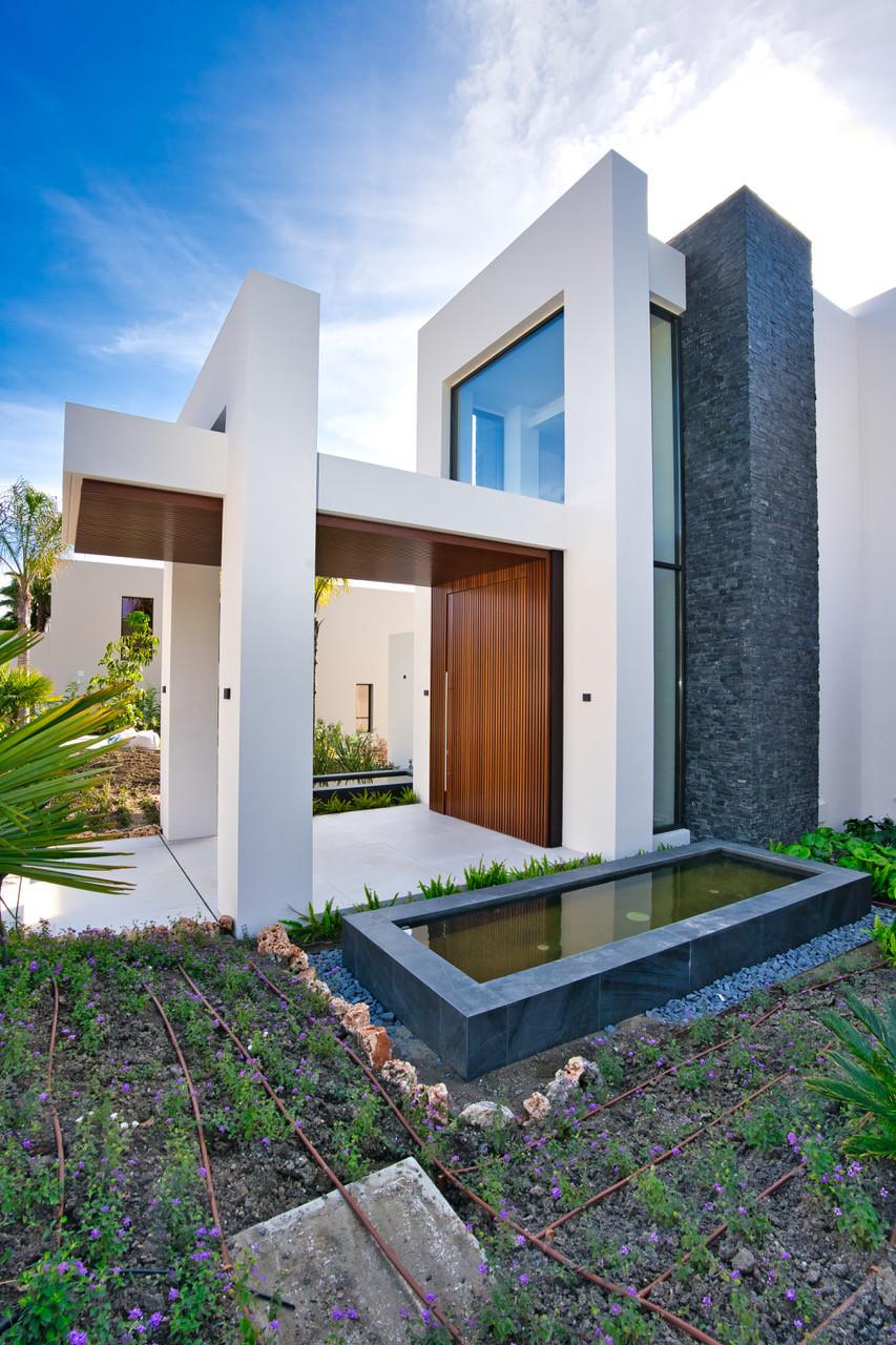 Villas in Los Flamingos R3393232