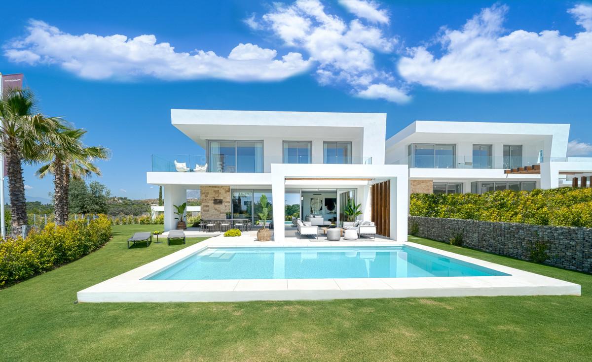 Detached Villa for sale in Marbella R3393235