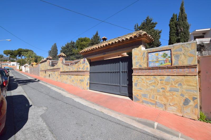 Detached Villa, Benalmadena Costa, Costa del Sol. 3 Bedrooms, 2 Bathrooms, Built 150 m², Terrace 50 ,Spain