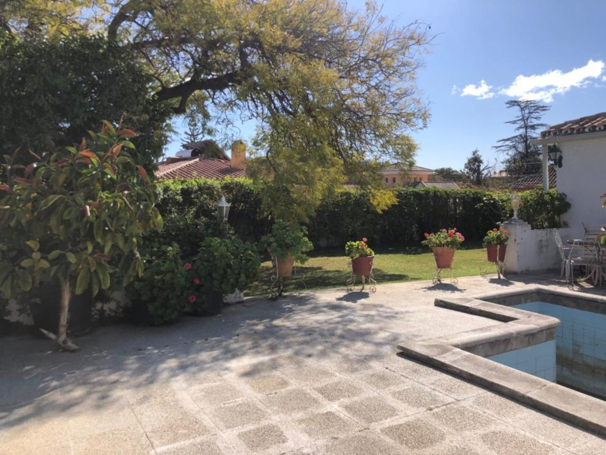 Detached Villa for sale in San Pedro de Alcántara R3623348
