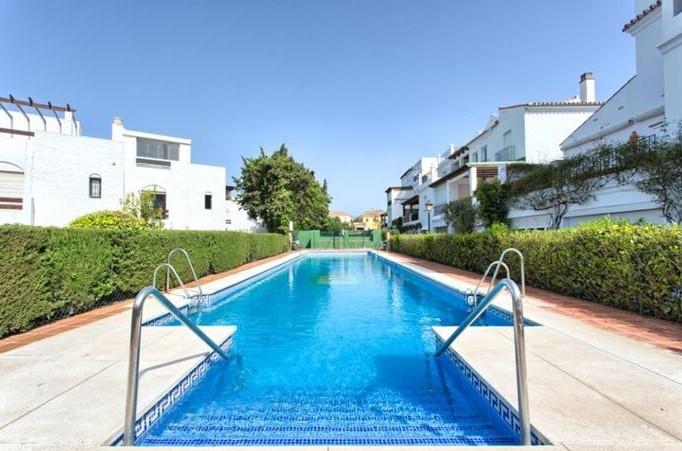 Fantastic apartment next to the beach in San Pedro de Alcantara, has 3 double bedrooms, a small as i,Spain