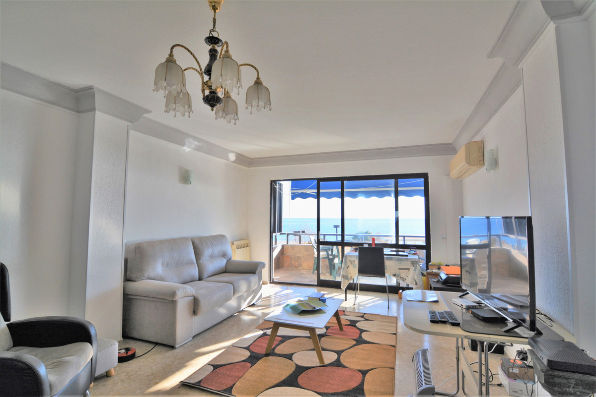we are delighted to introduce you this exclusive beach front apartment   Bright and spacious 4 bedro,Spain