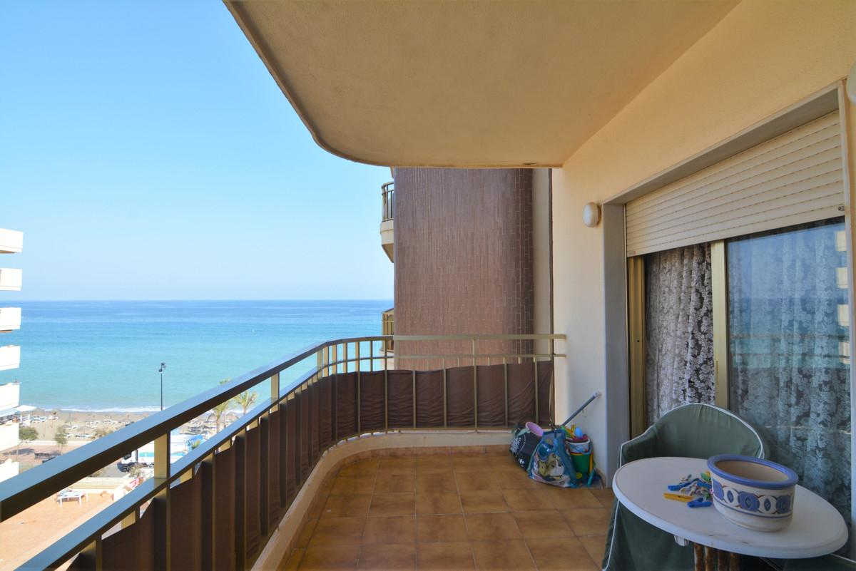 Beautiful apartment in the famous urbanization of Parque Dona Sofia, on the beachfront of Fuengirola,Spain