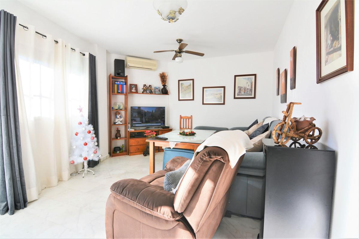Ground Floor Apartment for sale in Fuengirola R3772234