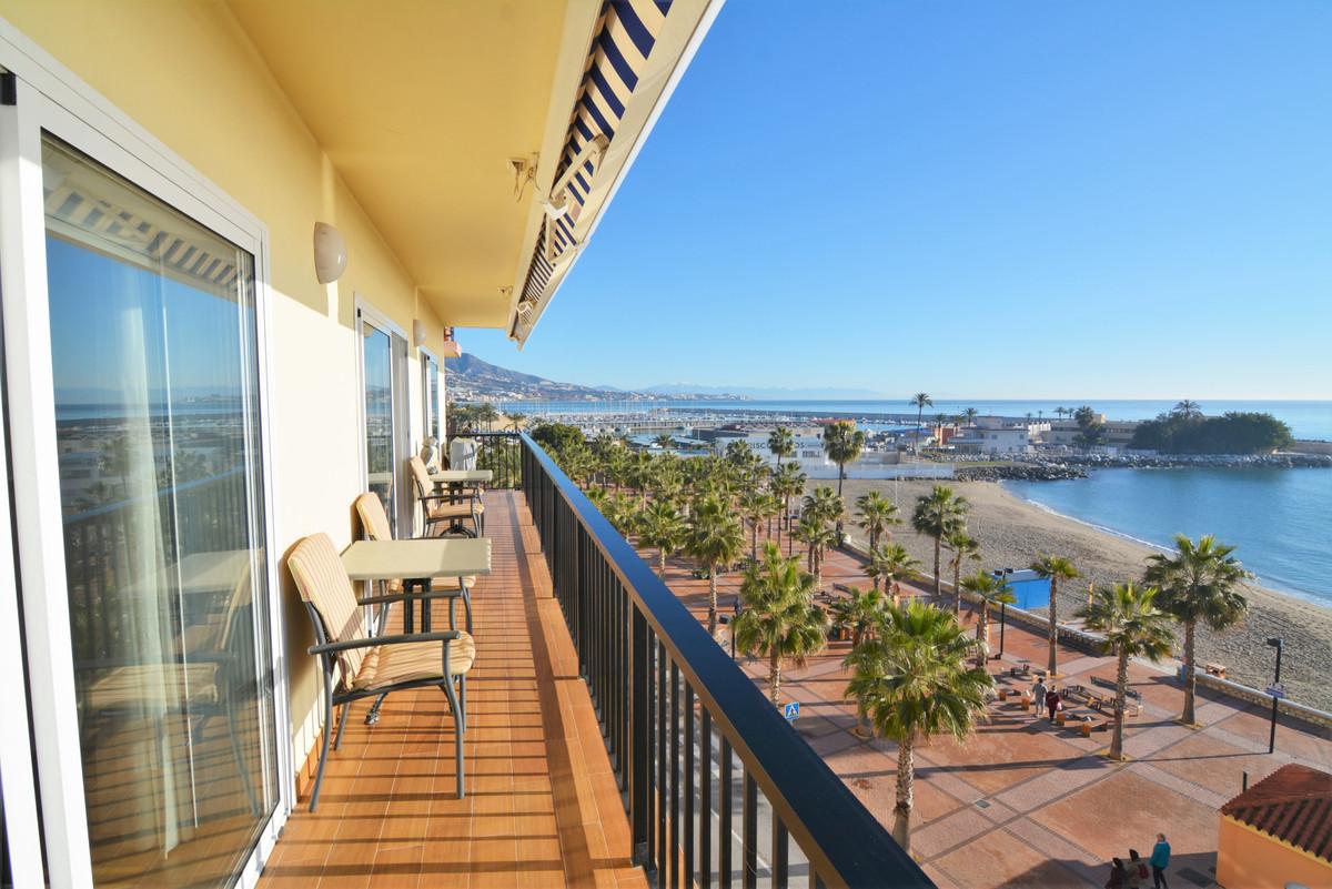 Appartement  Mi-étage en location  à Fuengirola