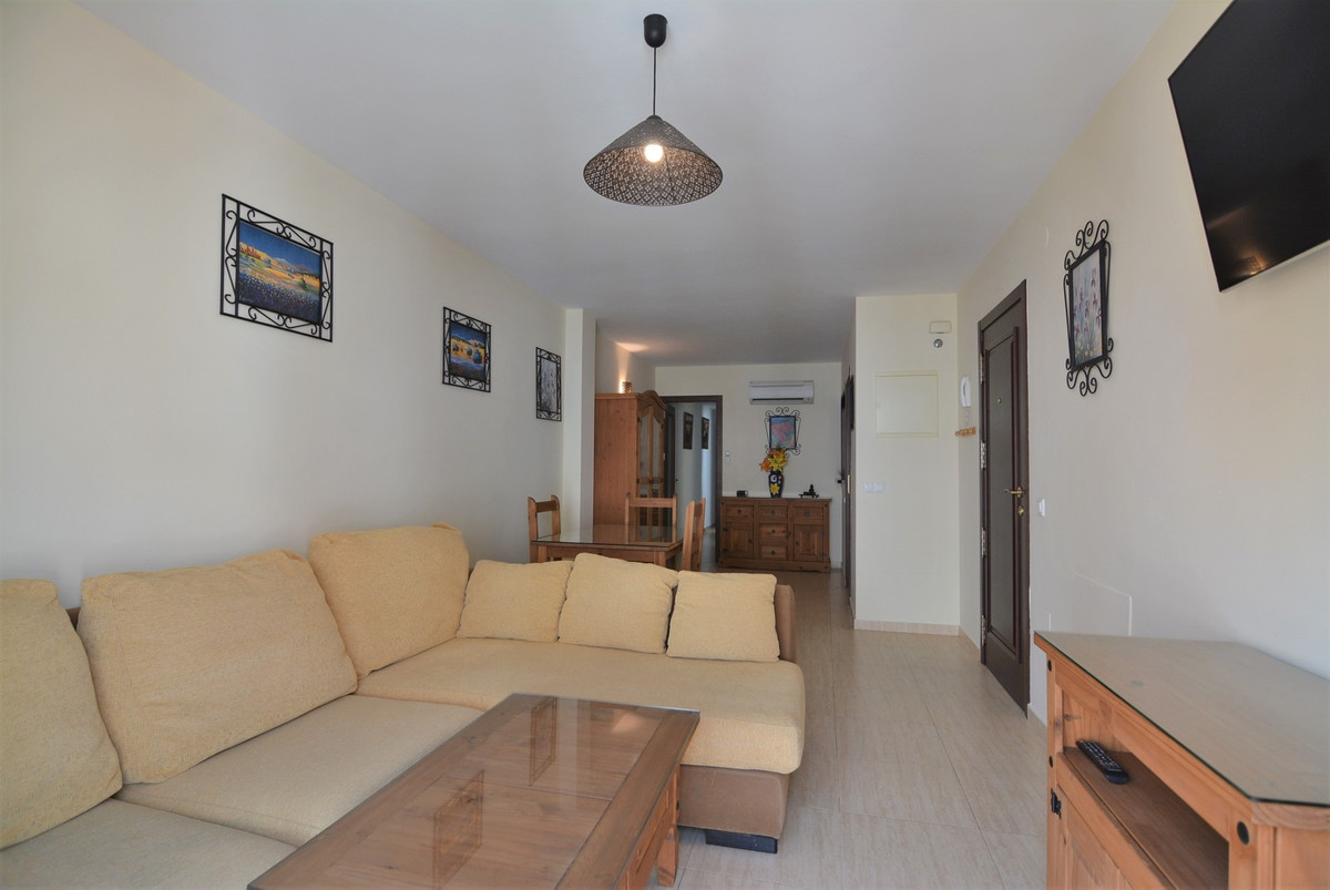 Apartment  Middle Floor for sale  and for rent  in Fuengirola