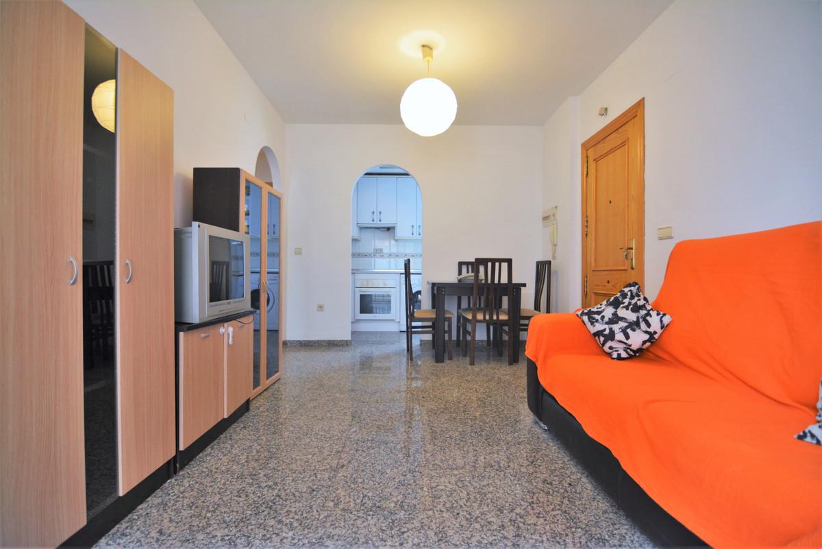 Apartment Middle Floor Fuengirola Málaga Costa del Sol R3628490 2