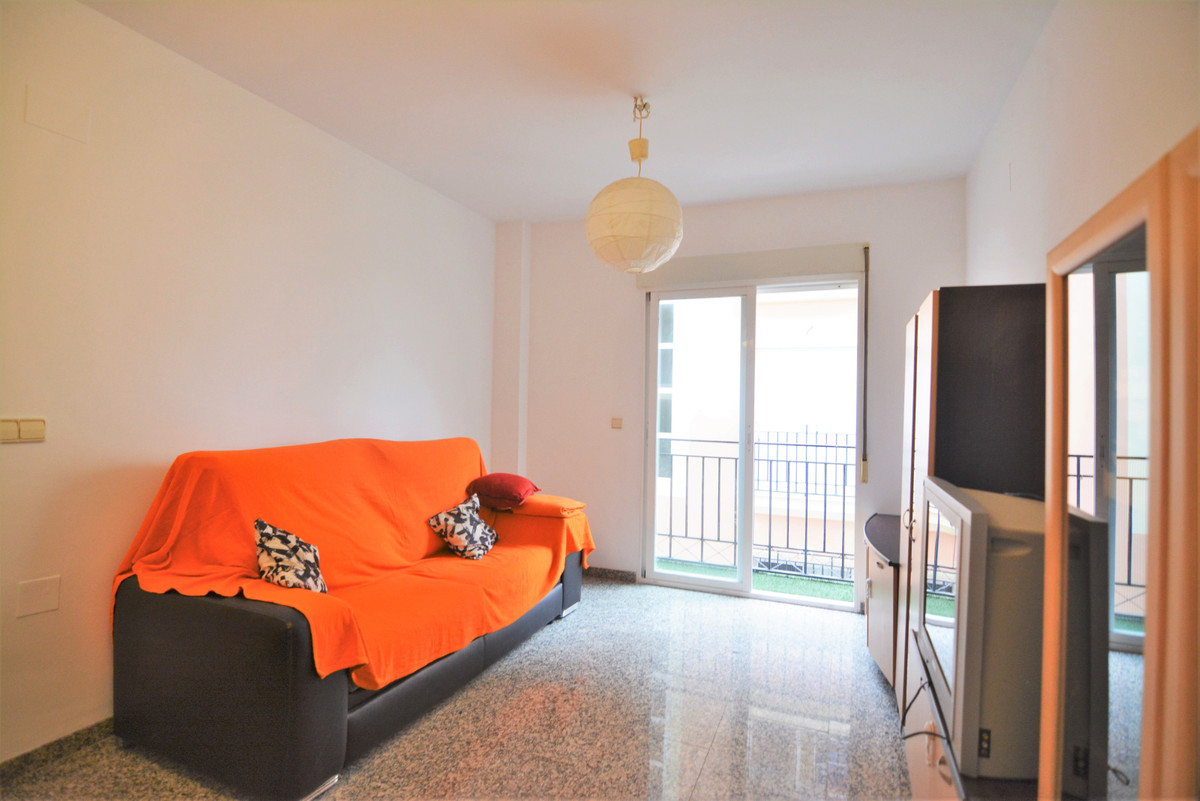 Apartment Middle Floor Fuengirola Málaga Costa del Sol R3628490 4