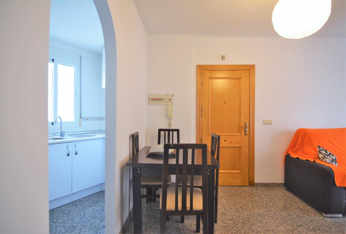 Apartment Middle Floor Fuengirola Málaga Costa del Sol R3628490 8