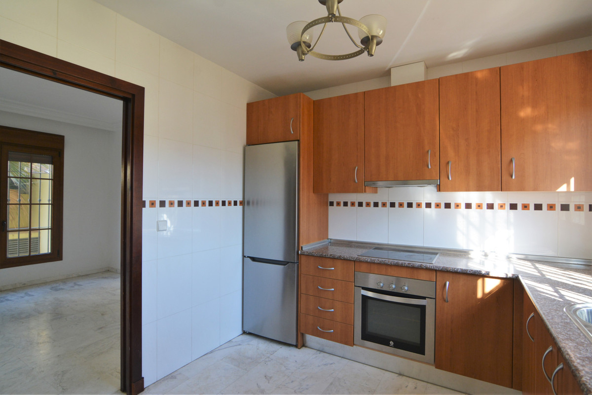 House in Fuengirola R3466369 11