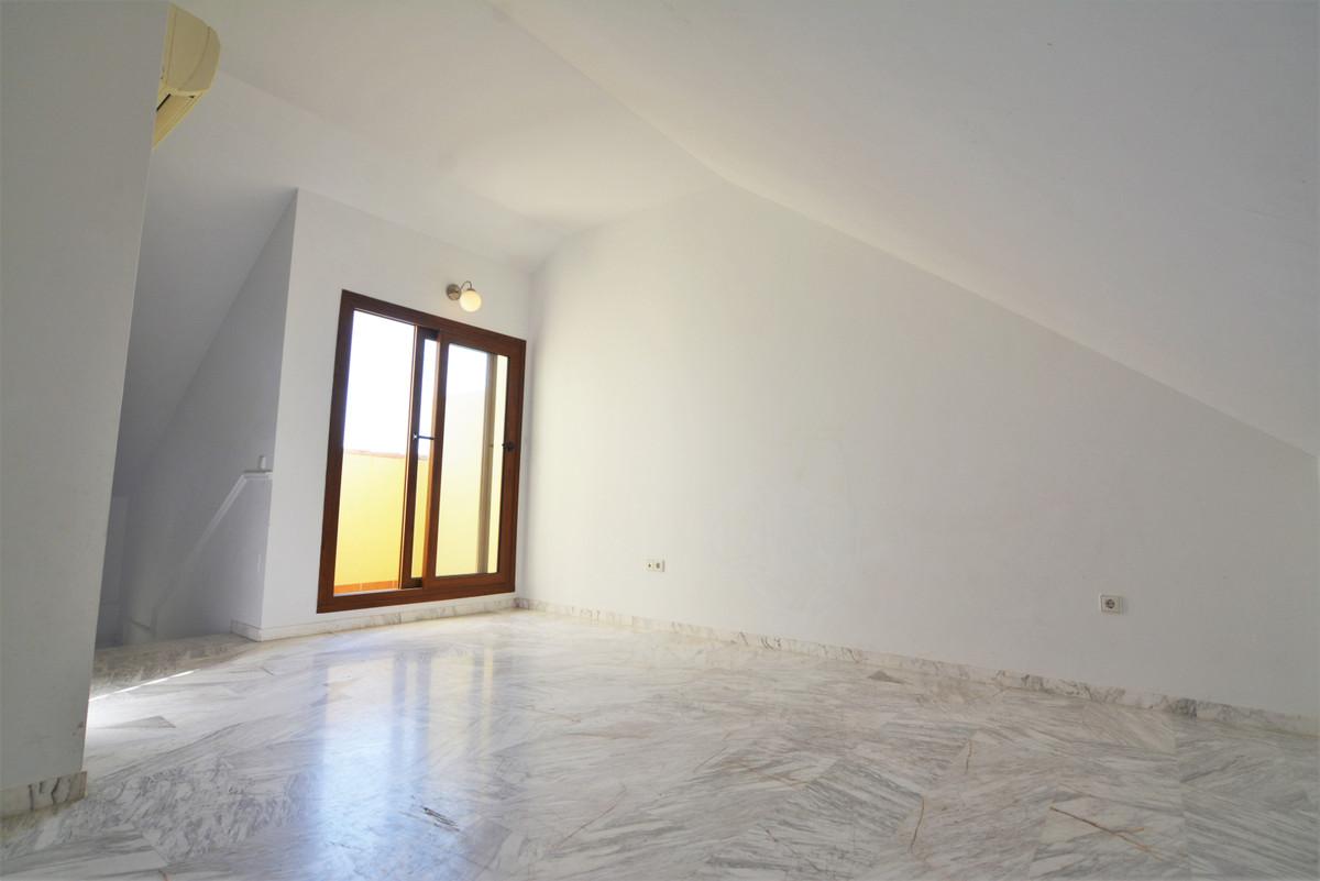 House in Fuengirola R3466369 26