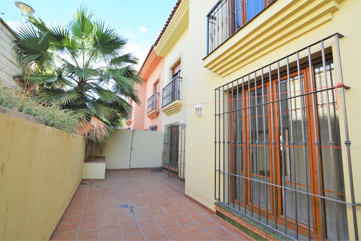 House in Fuengirola R3466369 29