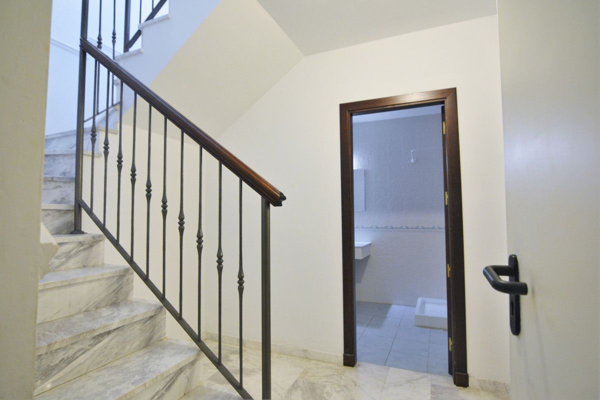 House in Fuengirola R3466369 31