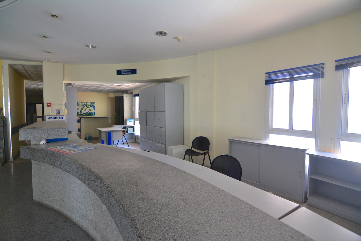 Local in the heart of Fuengirola of 1700 meters Huge commercial premises in the heart of Fuengirola ,Spain