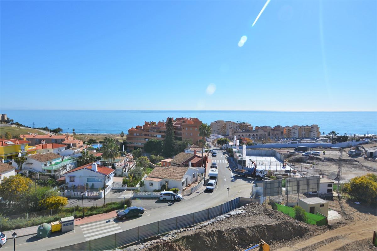 Apartment Middle Floor Fuengirola Málaga Costa del Sol R3369751