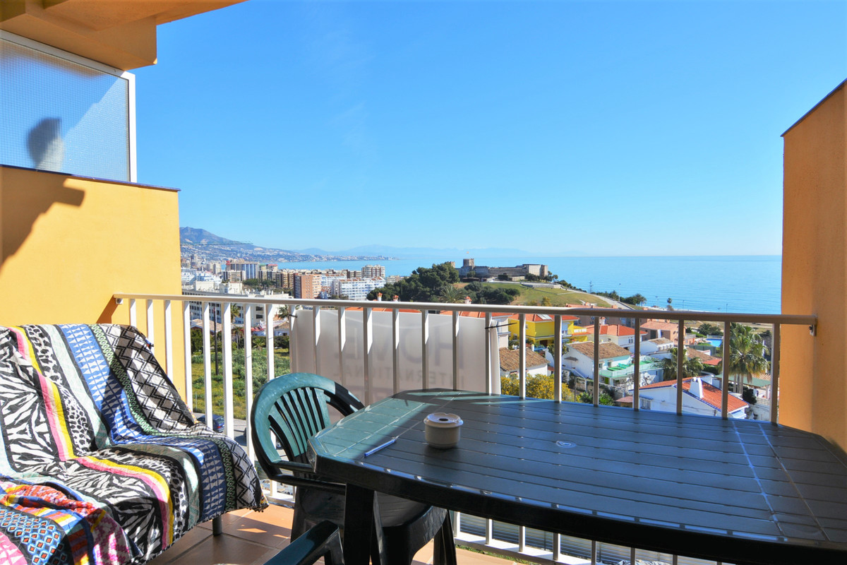 Apartment Middle Floor Fuengirola Málaga Costa del Sol R3369751 2