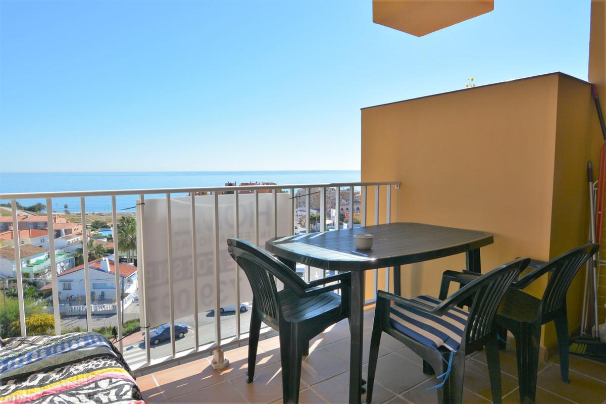 Apartment Middle Floor Fuengirola Málaga Costa del Sol R3369751 3