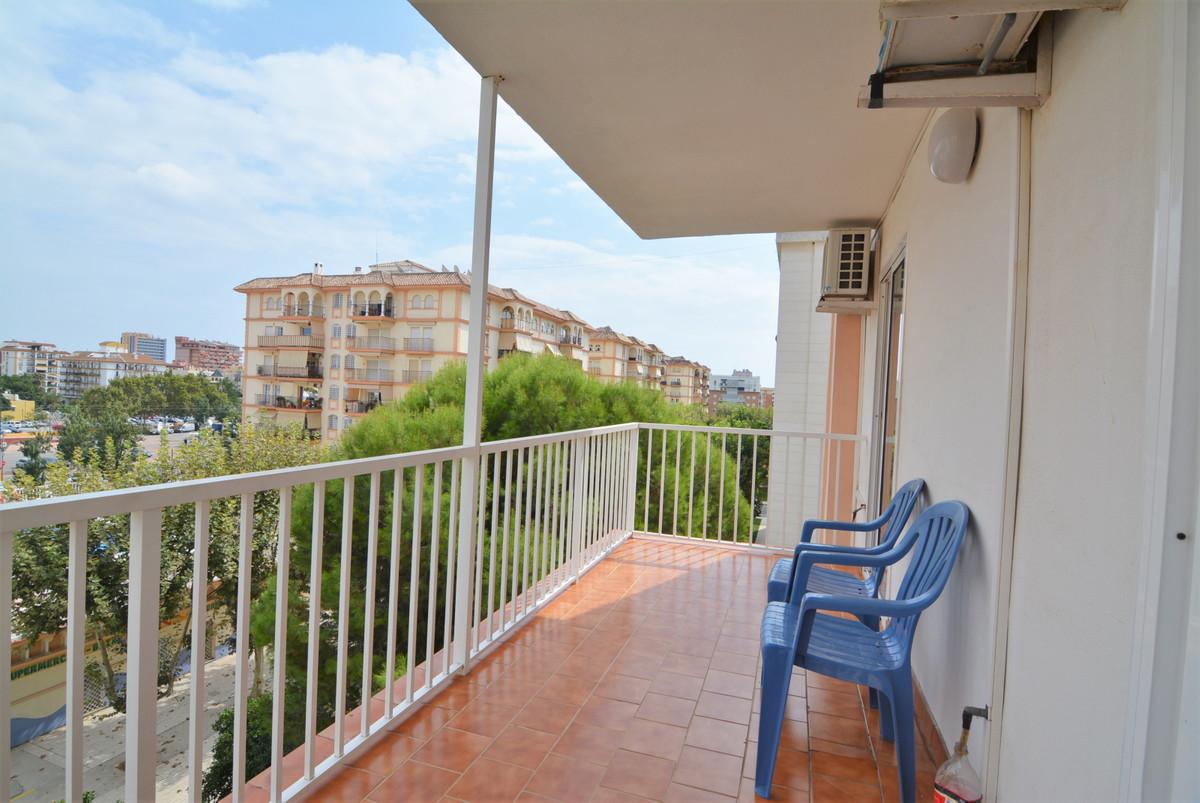 Beautiful apartment for sale in Plaza de la Hispanidad. The apartment consists of entrance, kitchen,,Spain