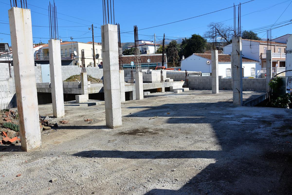 Działka mieszkaniowa w Málaga R3114343