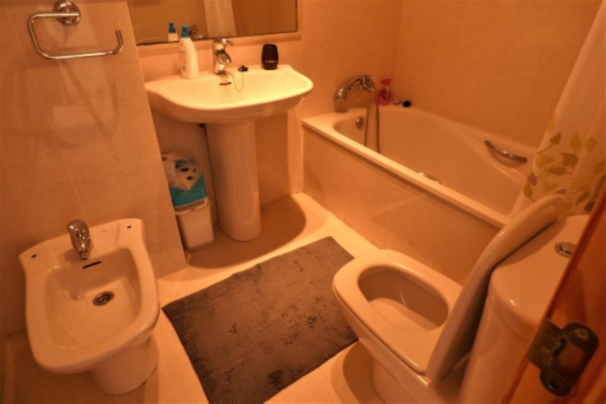 Apartment in La Cala de Mijas R3378310 11