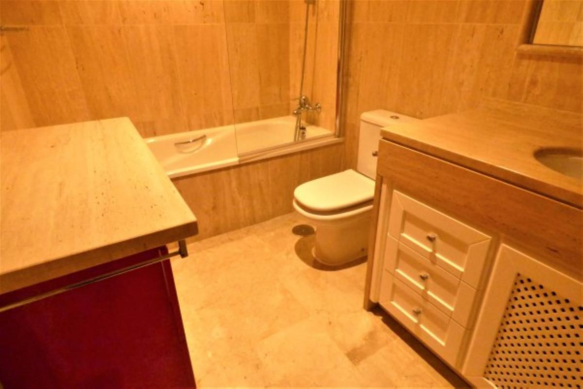 Apartment in La Cala de Mijas R3378310 12