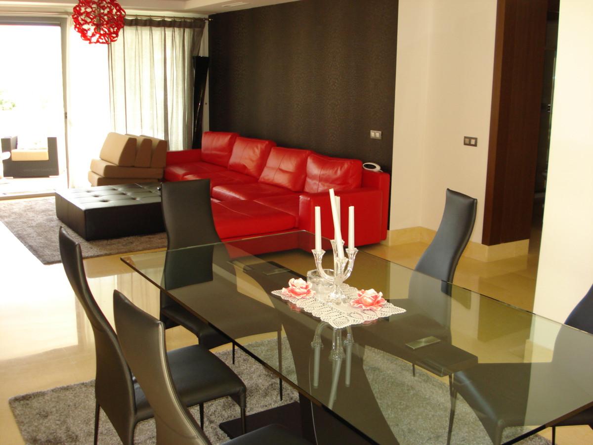 Apartment for sale in Benahavís