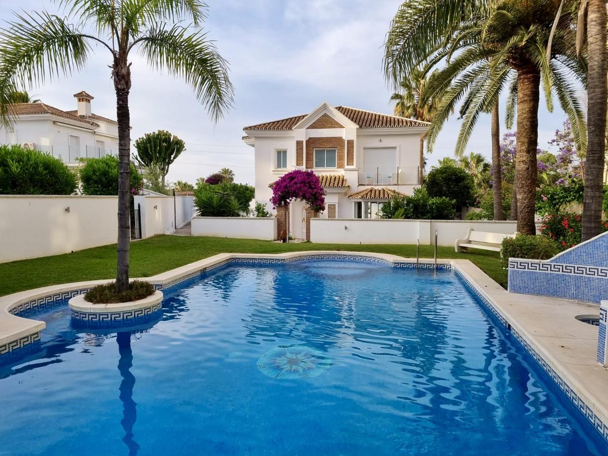 Detached Villa for sale in Atalaya R3882265