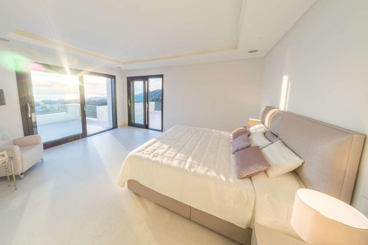 House in Altos de los Monteros R3444106 11