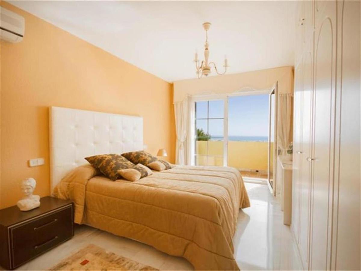 Villa con 3 Dormitorios en Venta Puerto de la Torre