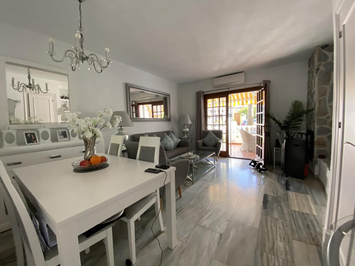 2 Bedroom Townhouse For Sale El Coto, Costa del Sol - HP3812533