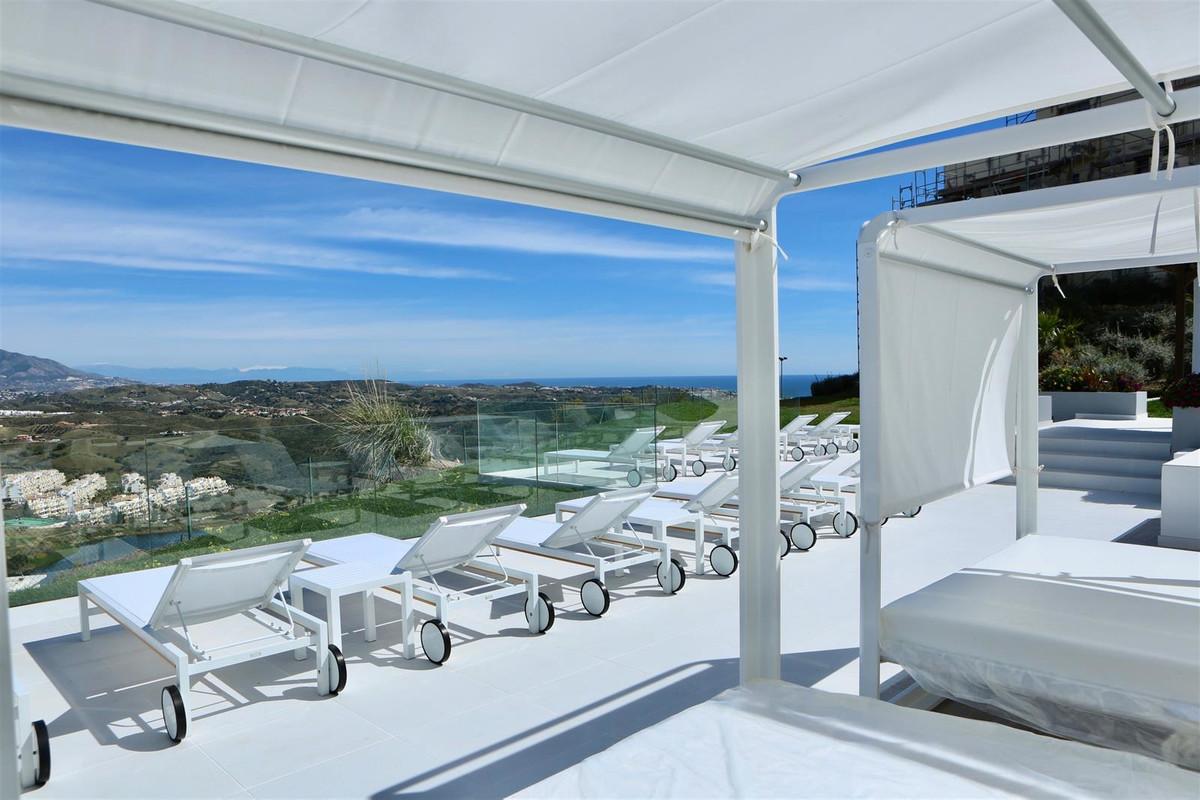 Ground Floor Apartment for sale in Riviera del Sol R3598328
