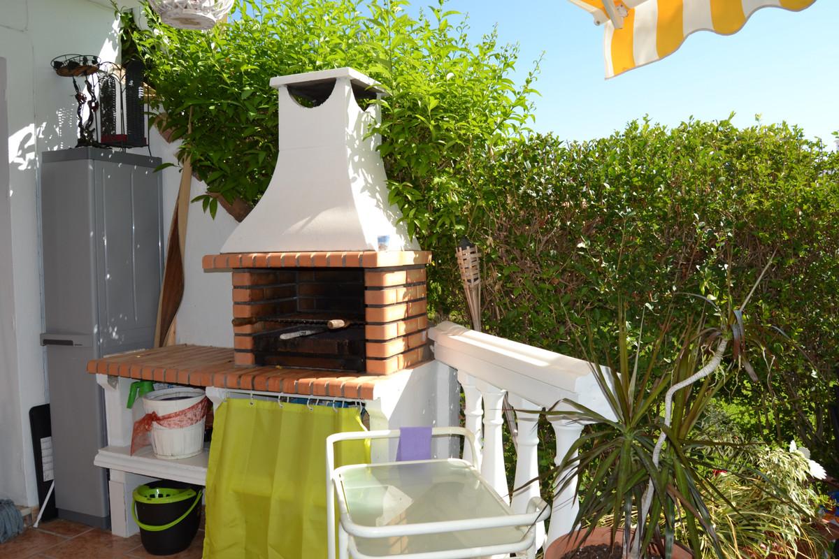 House in Calahonda R3265675 44
