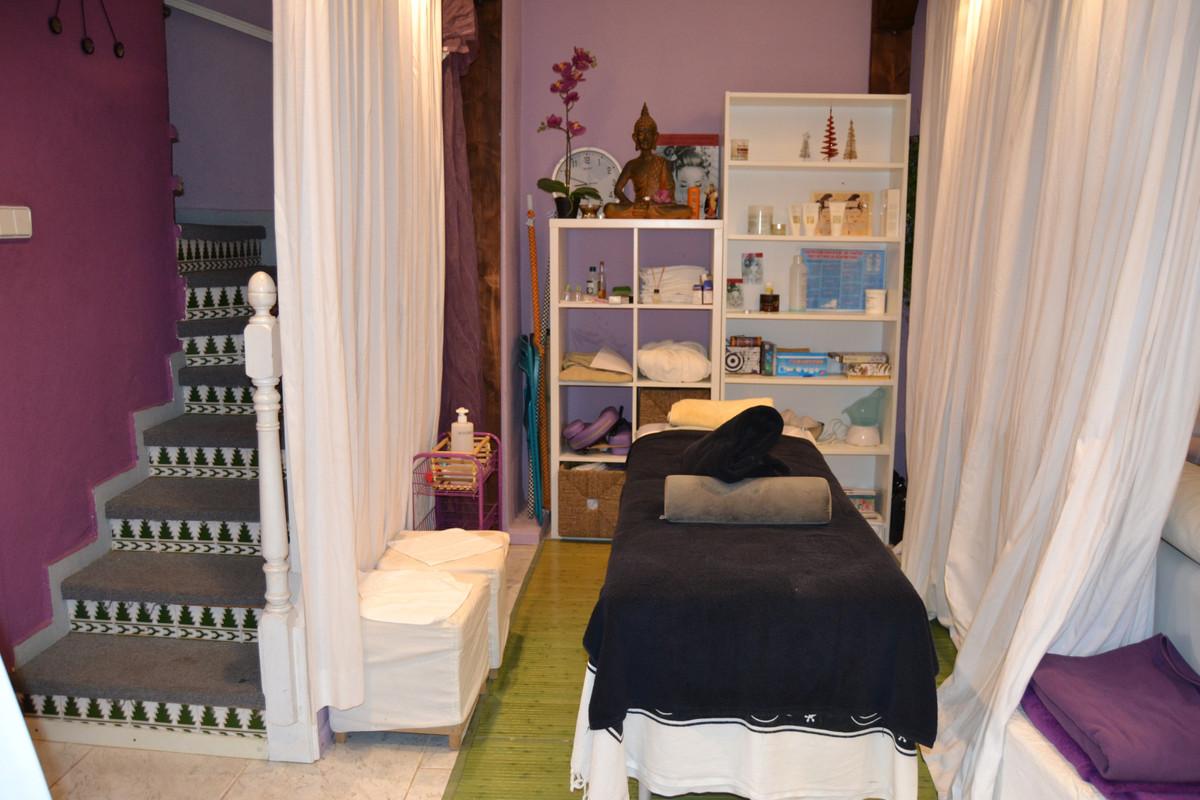 House in Calahonda R3265675 49
