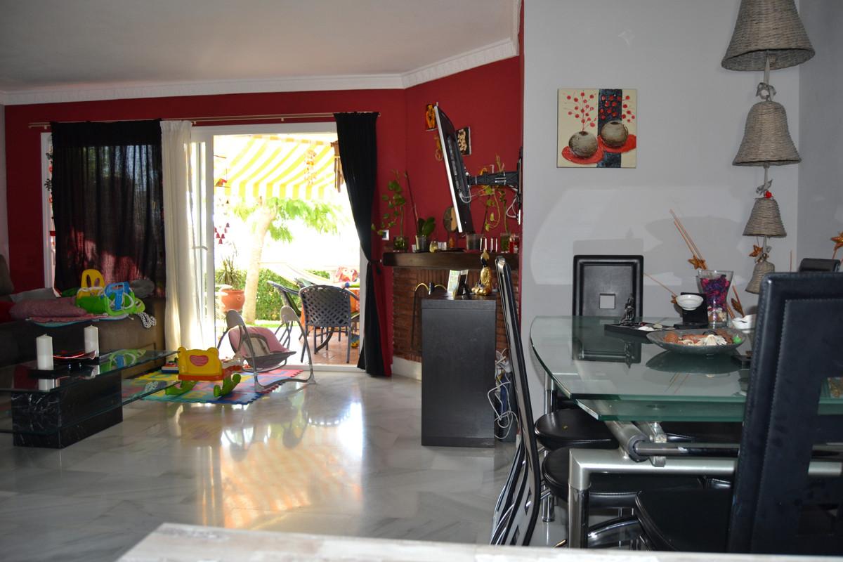 House in Calahonda R3265675 56
