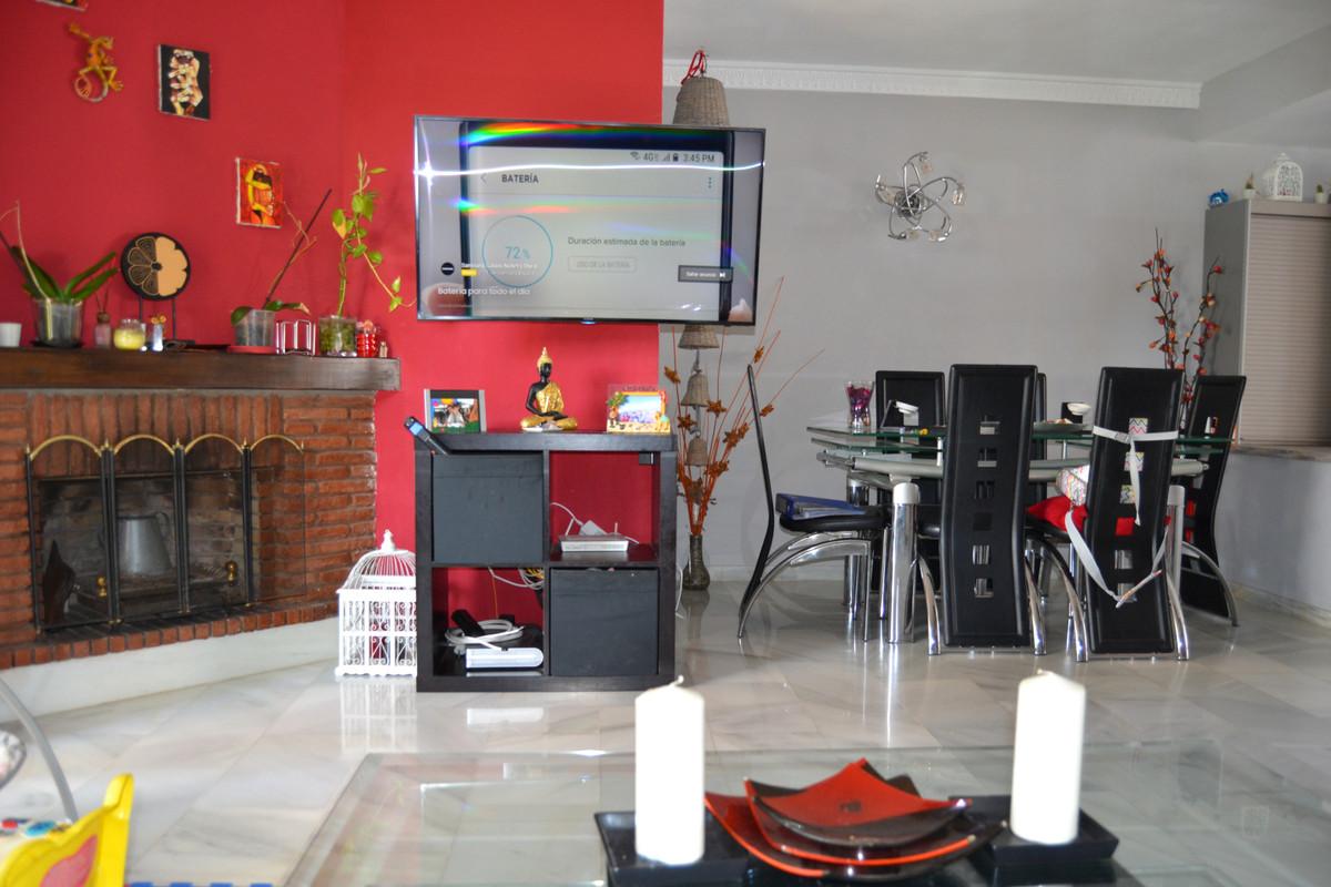 House in Calahonda R3265675 59