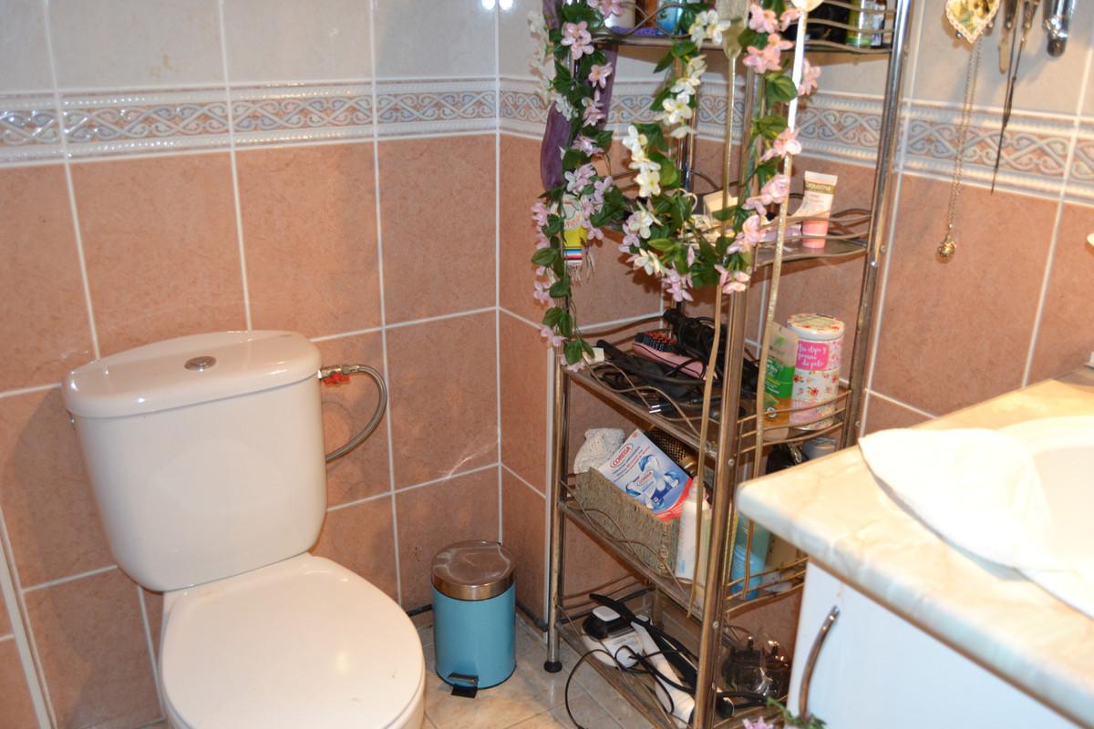 House in Calahonda R3265675 65