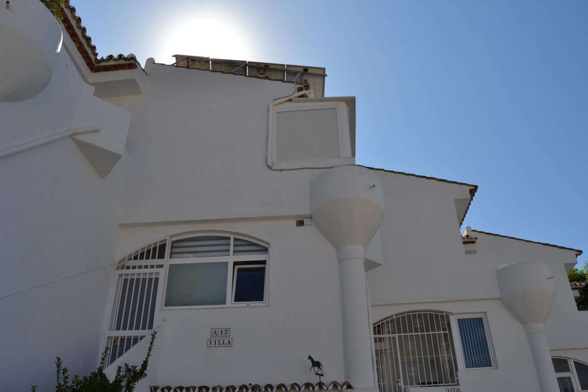 House in Calahonda R3265675 9