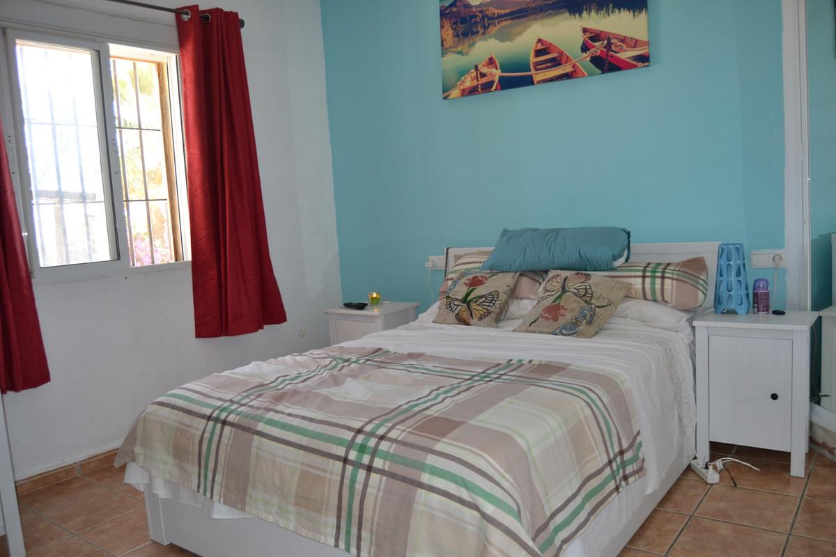 House in Valtocado R3433558 11