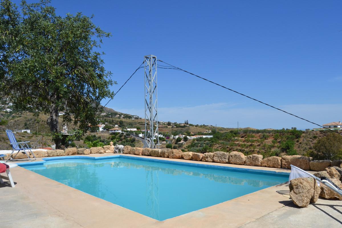 House in Valtocado R3433558 3