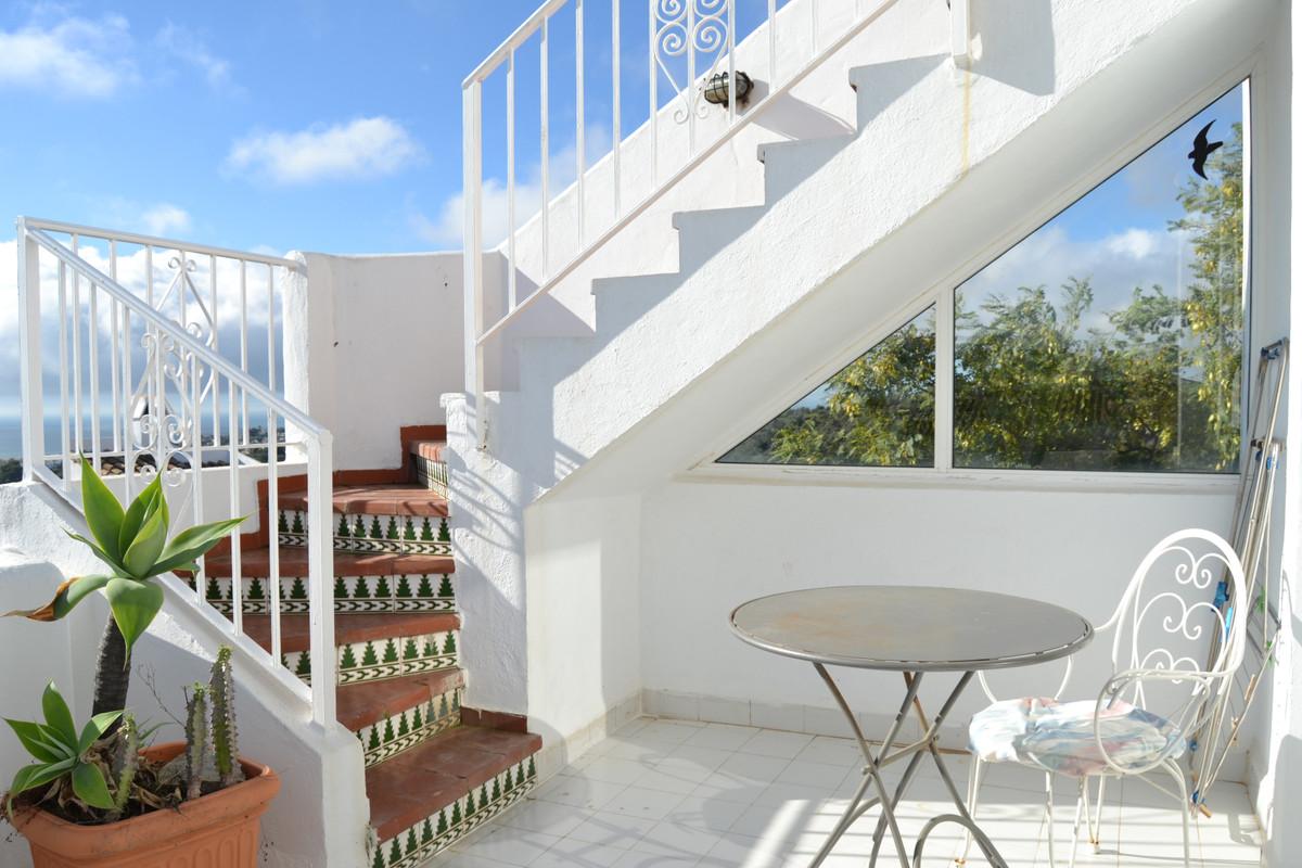 Super 3 bedroom townhouse at Cornisa , Calahonda 3 storey townhouse with spectacular panoramic views,Spain