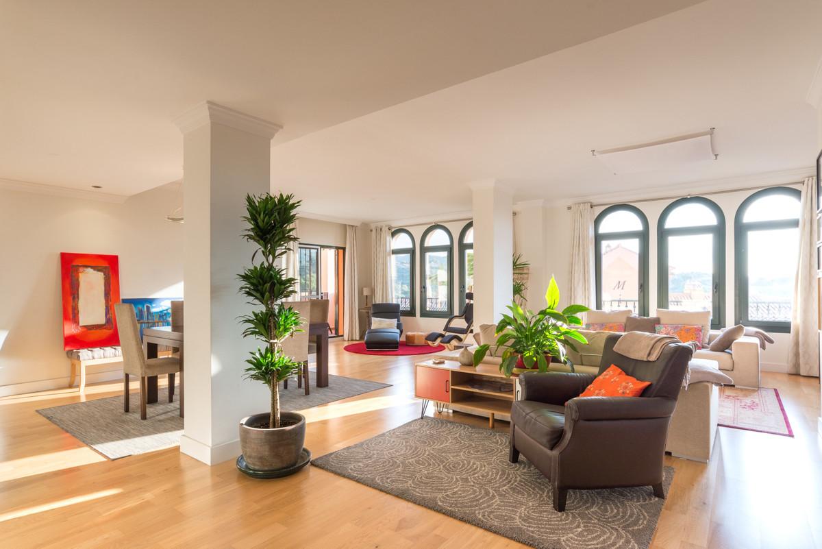Appartement Mi-étage à Elviria R3531955