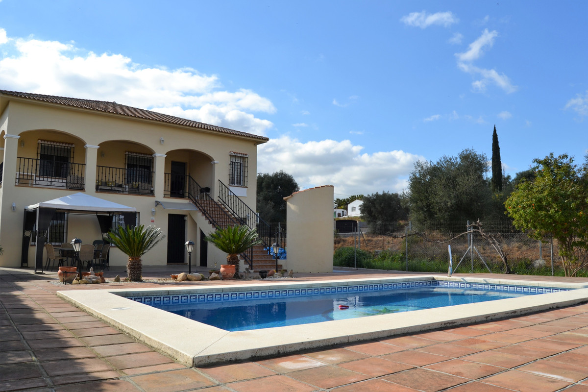 This is a beautiful bright and spacious home with its own private pool/Jacuzzi & fruit orchard. ,Spain