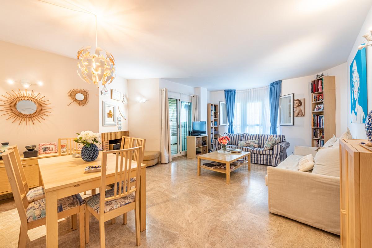 Ground Floor Apartment, Nueva Andalucia, Costa del Sol. 2 Bedrooms, 2 Bathrooms, Built 97 m², Terrac,Spain