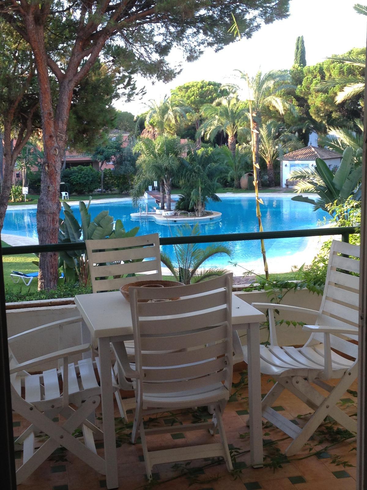 Middle Floor Apartment, Estepona, Costa del Sol. 2 Bedrooms, 0 Bathrooms, Built 80 m², Terrace 19 m²,Spain