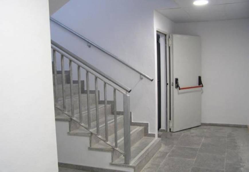 0 Dormitorio Aparcamiento Comercial En Venta Marbella