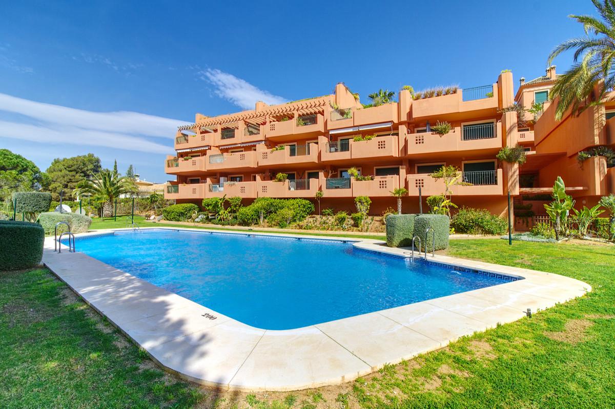 Apartment in Artola