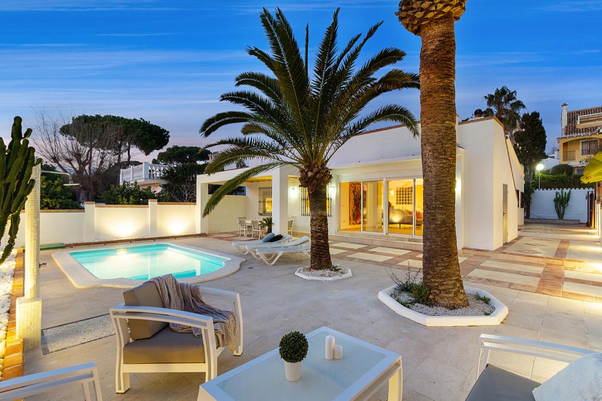 Villa - Chalet en venta en Costabella R3604418